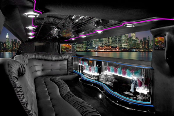 Chrysler 300 limo interior cleveland